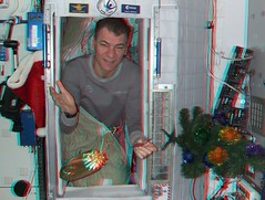 Waking up on Christmas morning! (magisstra) Tags: 3d christmastree astronauts present iss esa christmasday internationalspacestation europeanspaceagency paolonespoli expedition26 expedition27