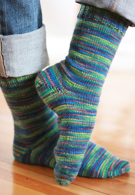 Plain toe-up socks