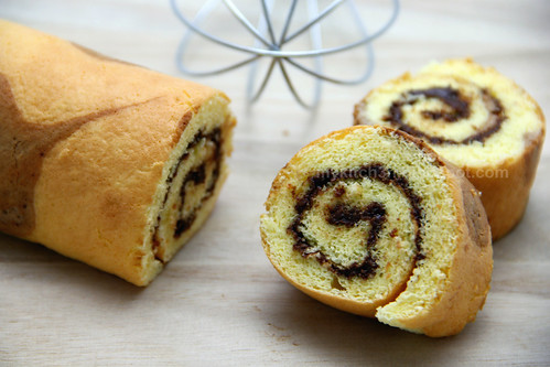 Rolled Cake with Nutella