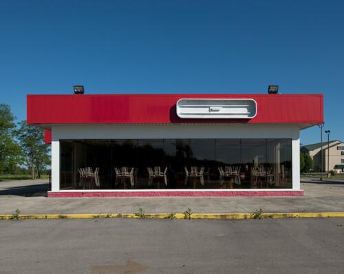 John Humble, Abandoned Restaurant, Russelville, Alabama, 2010
