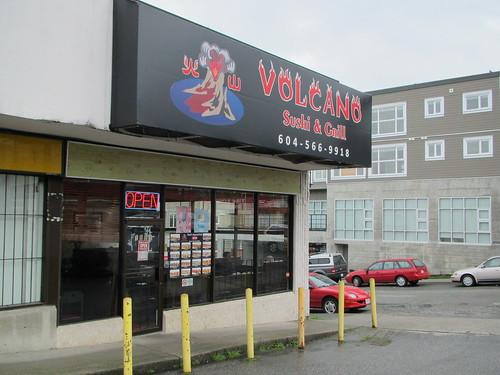 Volcano Sushi2 001