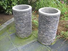 Grote bloempotten (Anouk Ruijters) Tags: bloempot plantenbak bloembak