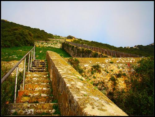 Escaleras subida Peñón