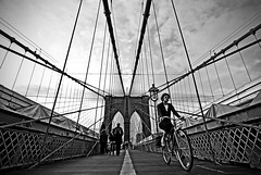 Bicycle race () Tags: nyc usa ny newyork bicycle brooklyn america brooklynbridge bicyclerace d60 statiuniti nikond60 lucamilani