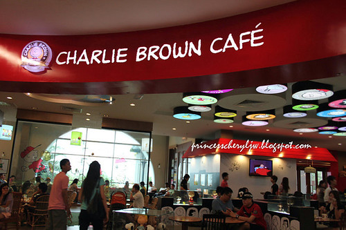 Charlie Brown Cafe 01