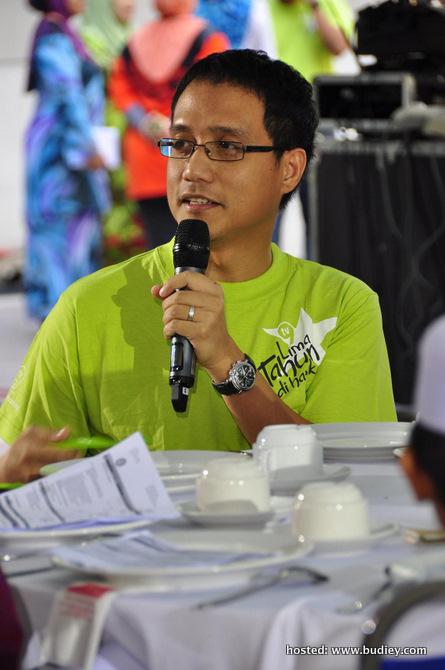 En. Izham Omar, Ketua Pegawai Operasi Rangkaian Televisyen Media Prima Berhad