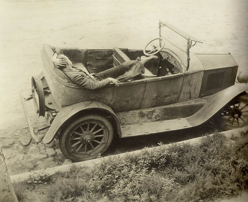 Margrethe Mather - The Abandoned Car (1925)