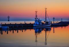 Abends am Hafen #1 (KSTUDI) Tags: licht sonnenuntergang insel hafen timmendorf ostsee farben poel