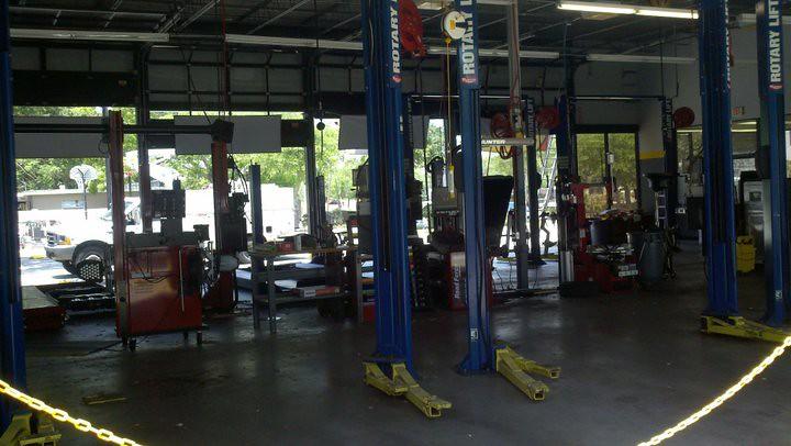 Wheel Balancer, Brake Lathe, Tire Changer