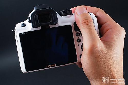 Samsung_NX11_intro_30