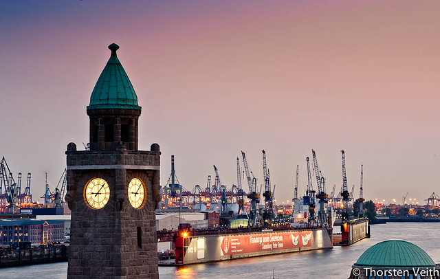 Hamburg Hafen Landungsbrücken