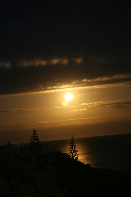 Full moon at Port Elliot
