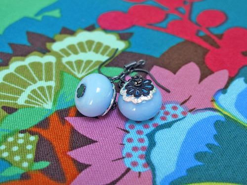 Blueberry - Lamp work glass bead earrings by Bunny_Nikisha