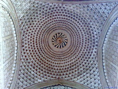 Trip to Ajanta, Ellora Caves: ..10..Designs on Roof of a recent temple. (ravi_gogte) Tags: nokia  n95 khultabad khuldabad  kuldabad  bhadramarutitemple
