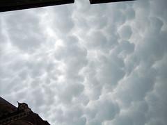 Luftpolsterfolie (spicone) Tags: sky weather clouds grey gray himmel wolken grau stormy wetter sturm