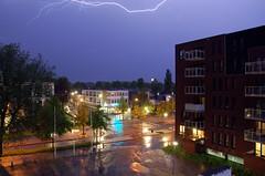 onweer #6 (Aluiken) Tags: sky storm nature weather night dark exposure nacht natuur shutter lightning lucht thunder donker hoogezand onweer sluitertijd bliksem slechtweer weerlicht