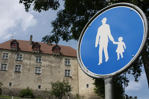 Signage to Aid Men in Fedoras Stealing Children
