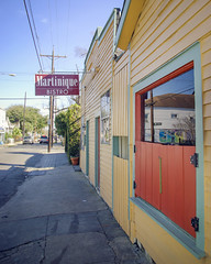 Martinique (Ray Devlin) Tags: uptown new orleans magazine street magazinestreet martinique restaurant nikon d300