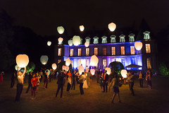 Santeny, France - Engaged ! @Lantern Lights (GlobeTrotter 2000) Tags: colorful palace santeny castle night wedding mariage lantern party light garden france paris happy happiness joy
