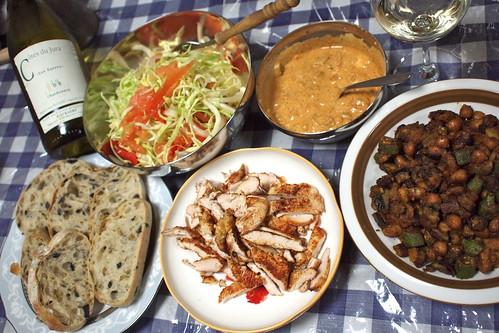 宮城の森林鶏のケバブ風と豆とオクラのマサラ炒め
