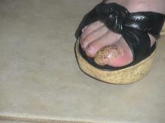 nails 3-7-11 079 (kellt2010) Tags: glitter long very toenails