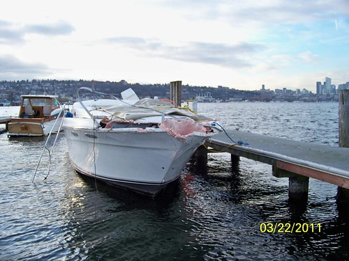 SR 520 bridge/boat collision