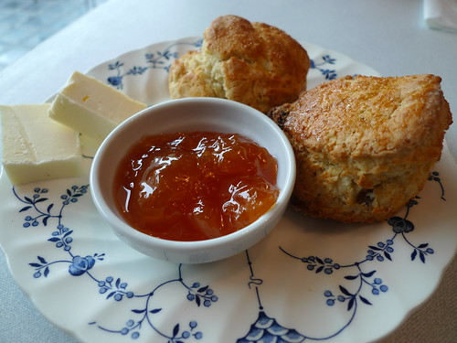 Scones at Le Bal