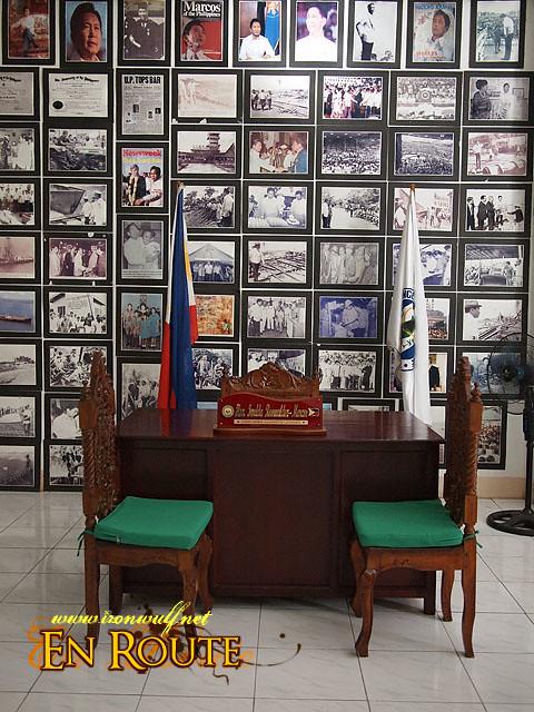 Imelda Marcos office desk