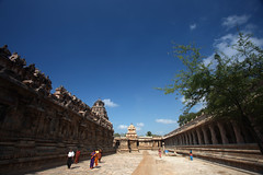 The Airavatesvara temple, Darasuram (VinothChandar) Tags: world travel sculpture india art heritage history monument canon wonder temple photography photo site architechture worship king god photos indian south kingdom lord unesco shiva monuments thanjavur society lingam survey ruler archeology sculptures tamil tamilnadu dynasty archeological southindia reign linga chola spritual tanjore cholas kumbakonam bigtemple darasuram airavateswarar 1000years tanjavur dharasuram chozha rajarajan chozhas airavateswara