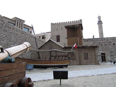 dubai 2011 (cutesaudiman) Tags: dubai emirates   burjkhalifa  dubai2011 tourtodubai dubaimusem