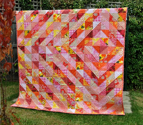 Trending Triangles: Half Square Triangle Roundup | WeAllSew : half square triangle quilt - Adamdwight.com
