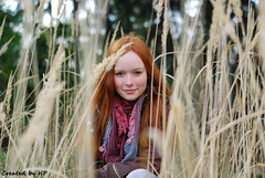 Jana (Pajos15) Tags: trees portrait woman green nature girl smile grass 50mm spring nikon bokeh outdoor moda hide nikkor f18 longhairs jaro dvka proda trva holka d80 usmev pozitive zrzav