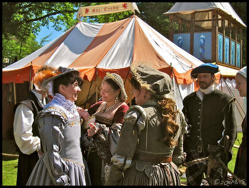 Ritterfestspiele und Mittelaltermarkt im Schlosspark Bad Bentheim - 2011 by Marcel van Gunst