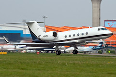 N614RD Gulfstream IV (Centreline Photography) Tags: plane canon airplane airport aircraft aviation airplanes flight bedfordshire aeroplane planes chrishall flughafen runway luton spotting airliner airliners lutonairport planespotting flug bizjet spotters bizjets gulfstreamiv ltn eos400d gulfstream4 eggw n614rd centrelinephotography