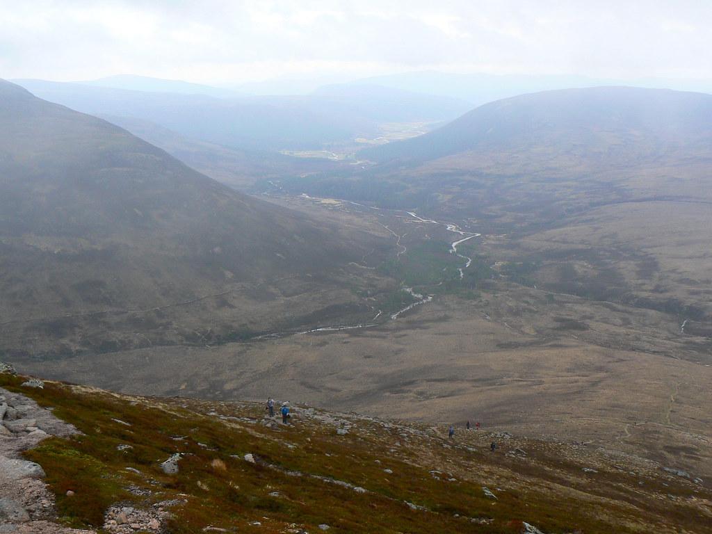 Glen Lui towards Glen Derry