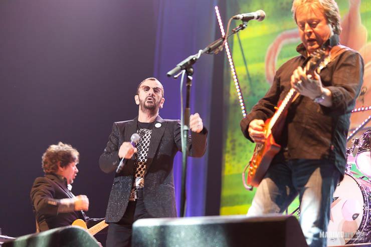 Ringo Starr Concert in Riga 2011-11.jpg