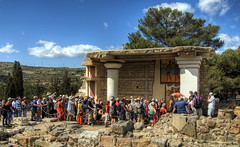 Tourists at Knossos in Crete (neilalderney123) Tags: 2016neilhoward knossos crete creece greek architecture history minoan minos tourists crowd