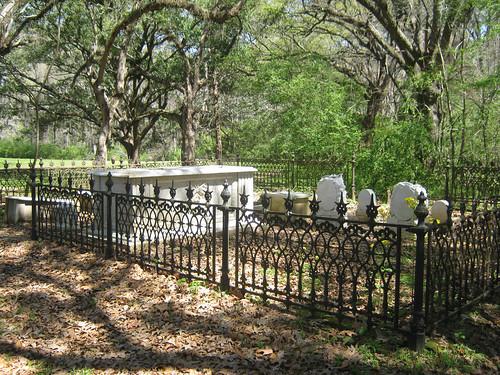 Natchez Trace Cemetery