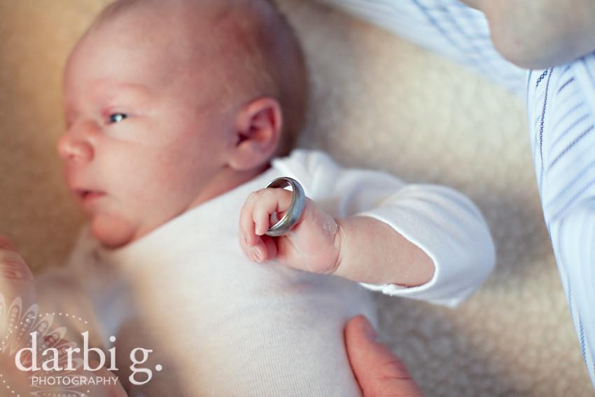 DarbiGPhotography-Kansas City newborn photographer-031511-MY-114