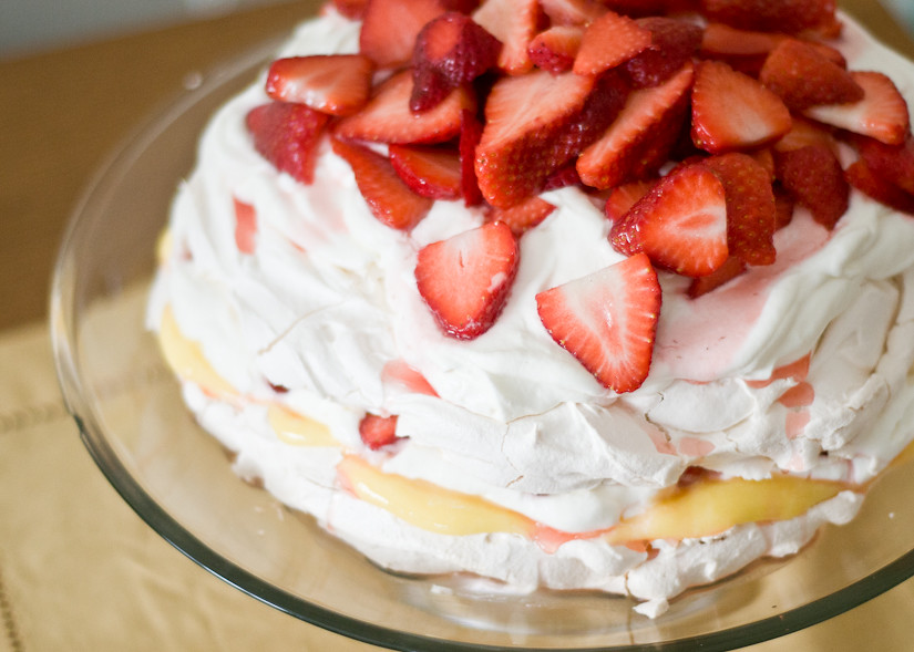 Strawberry Pavlova Cake. | Cafe Johnsonia