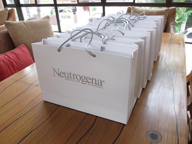 Neutrogena giveaways