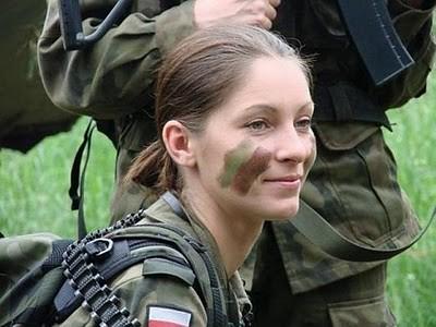 Military_Women_33