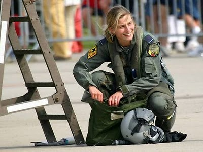 Military_Women_05