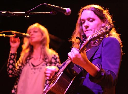 Lucy Wainwright Roche & Karin Bergquist
