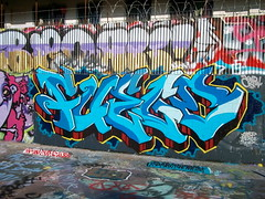 Fuego KND (El Funky Taladro) Tags: santa county orange costa graffiti ana los angeles cement blues trains fuego anaheim bombs bitches mesa merce fuegos sluts freights casp knd soek
