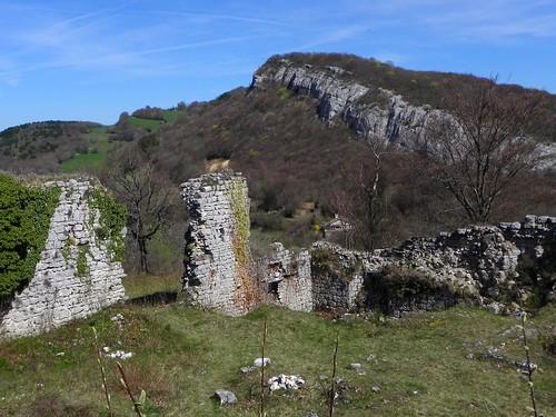 Ruines des tours de César 027