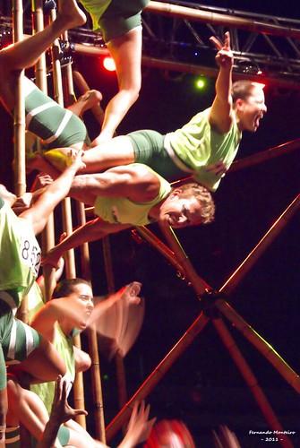 Ultrapassa! Cia. Nós No Bambu. by Fernando Monteiro / fcmont57