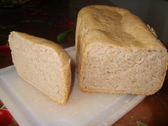 Esperimento nr.1 - Experiment nr. 1 (unpodimondo) Tags: bread pane breadmaker madeit macchinadelpane tuscanybread autoproduzione panetoscano