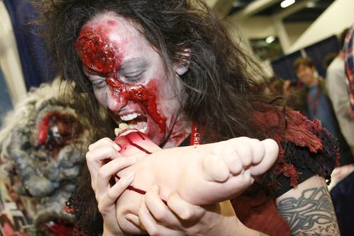 Wondercon: Zombie Girl and Lunch