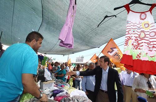 Pedro Passos Coelho no Mercado  de Santana
